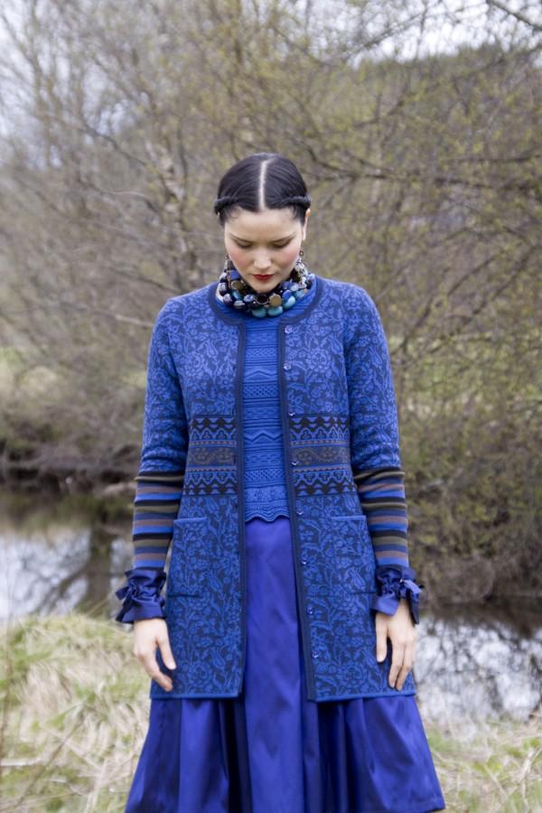 oleana-sweater-168W